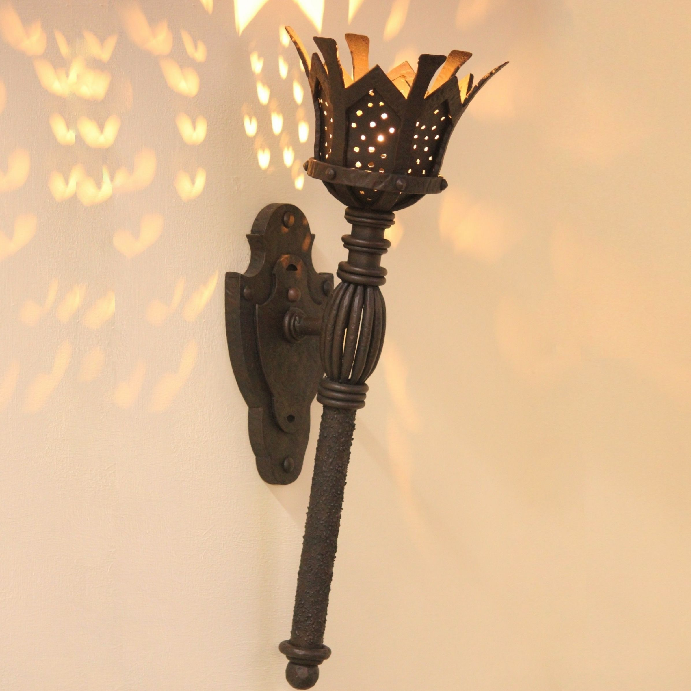 Lights Of Tuscany 5246 1 Gothic Medieval Castle Torch Light