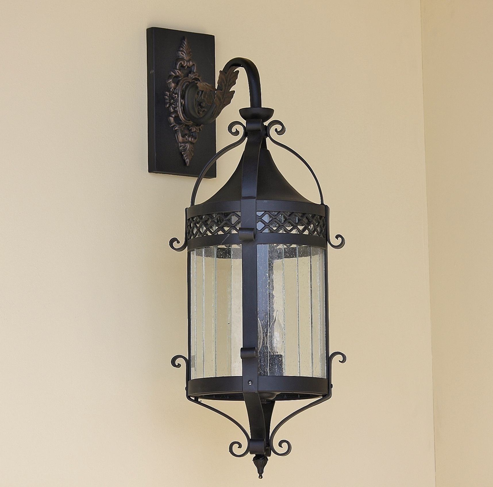Lights Of Tuscany 7187 3 Tuscan Style Hanging Outdoor Wall Lantern