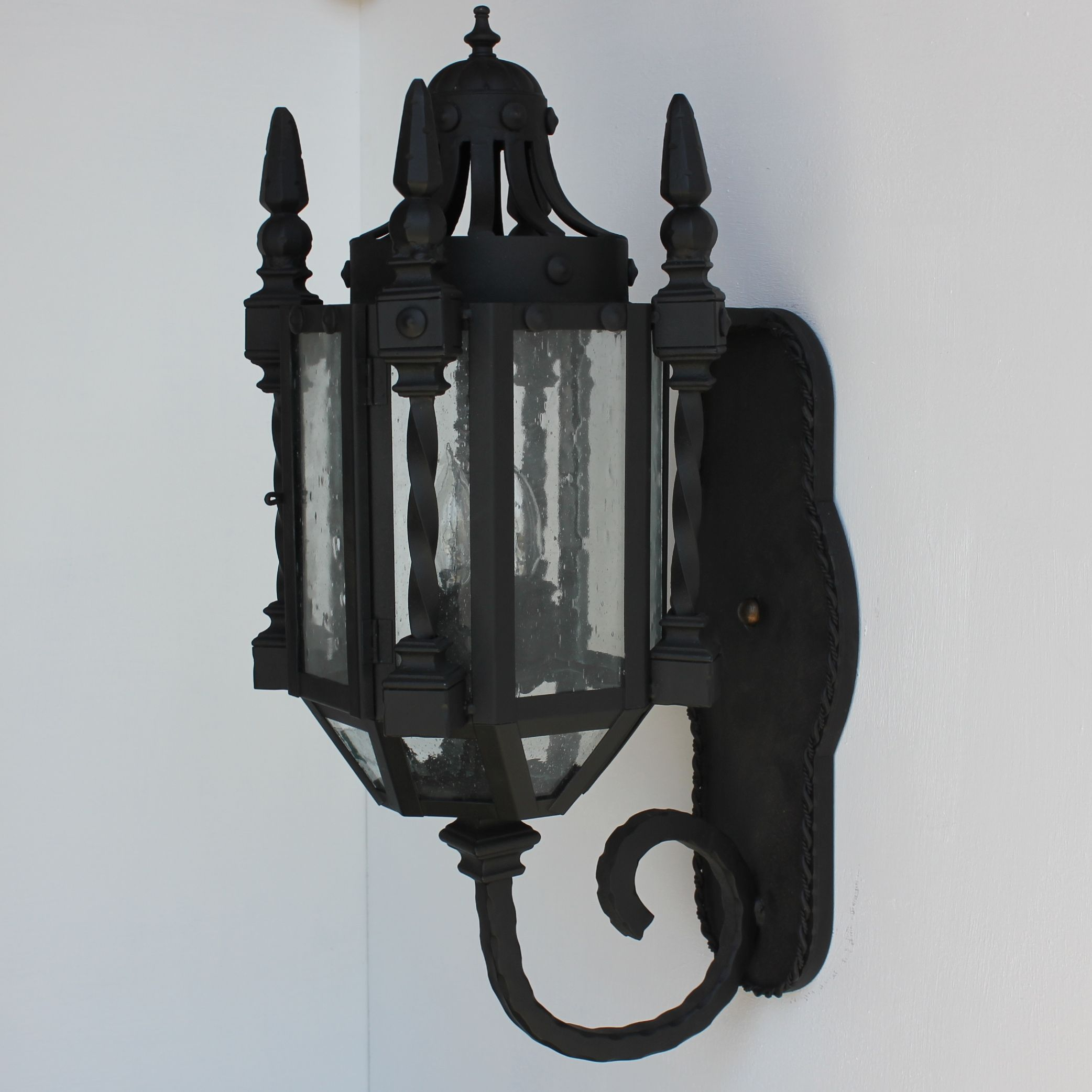 Lights Of Tuscany 7046 3 Wrought Iron Gothic Medieval Wall Lanter Lamp